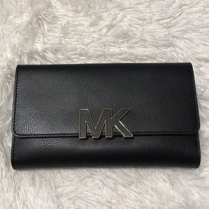 New with tags Michael Kors black Florence Wallet